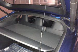 Tesla Gepäckraumabdeckung Lift im Model S nachrüsten