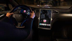 Tesla Neustart der Bildschirme. Wie geht das?
