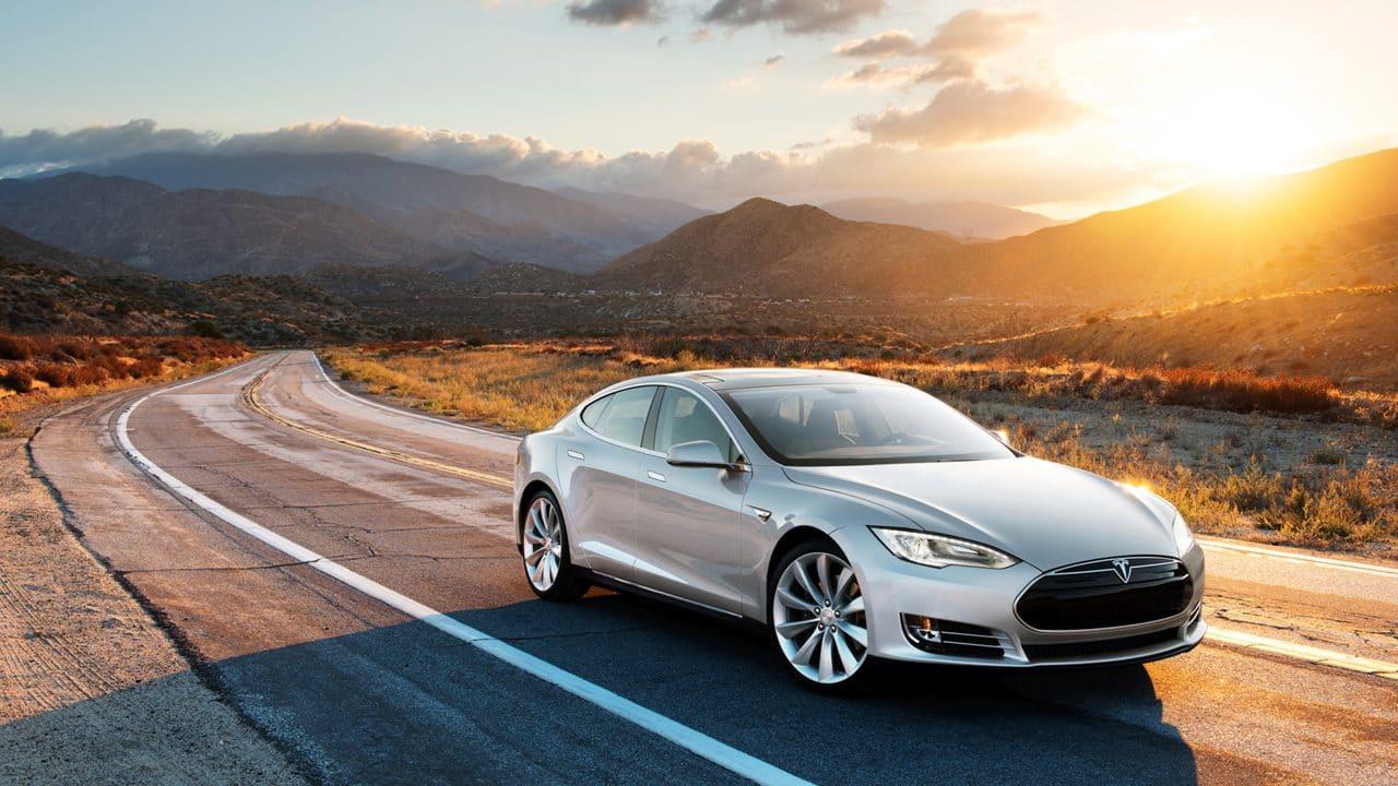 Wie lange hält ein Tesla?