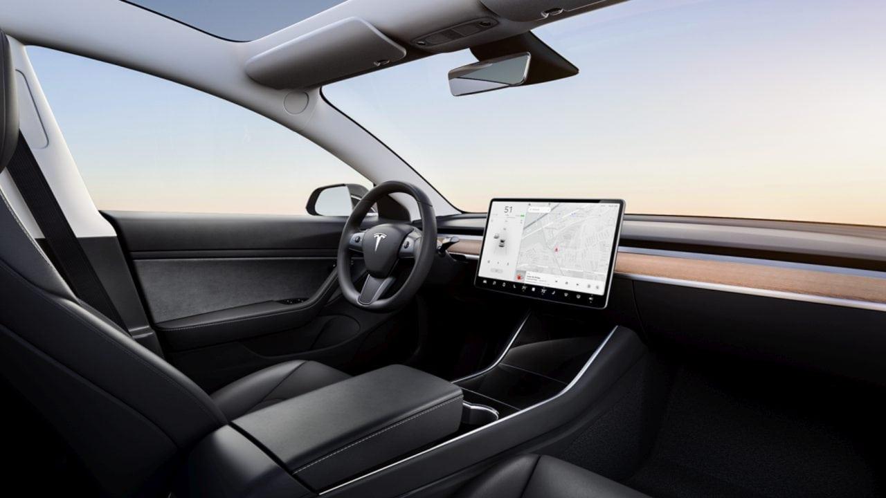 Tesla Model 3 Interieur Inneraum Unterschiede Vergleich
