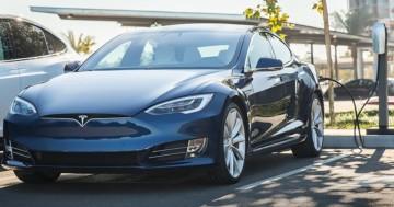 Wie lange dauert es einen Tesla zu laden?