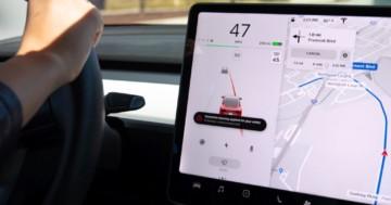 Spurhalteassistent Tesla Spurhaltekorrektur und Notfall-Spurhaltekorrektur