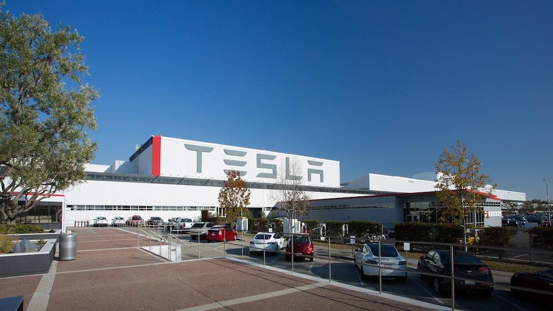 Wo produziert Tesla seine Fahrzeuge?