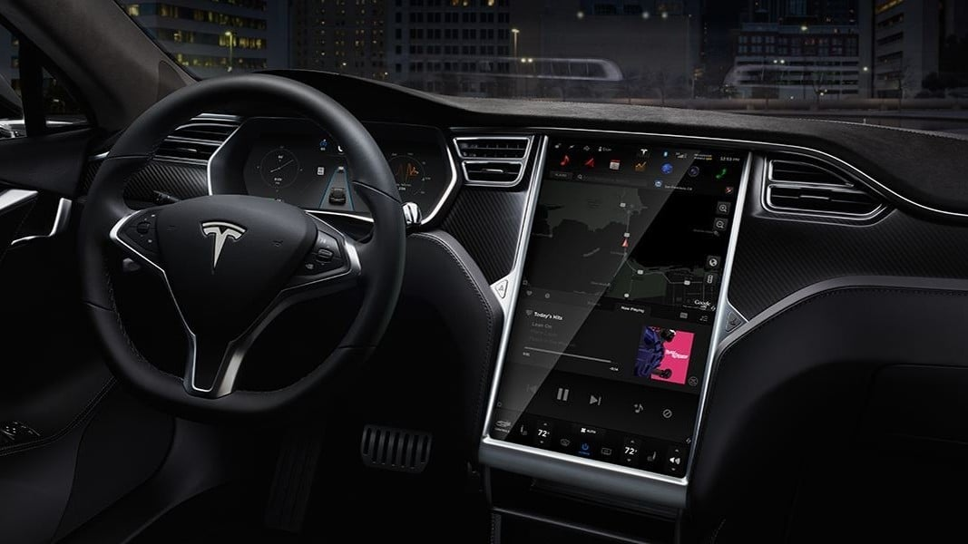 Tesla Model S Interieur MCU Upgrade