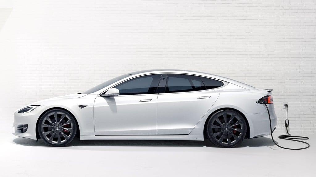 Tesla Akku schonend laden