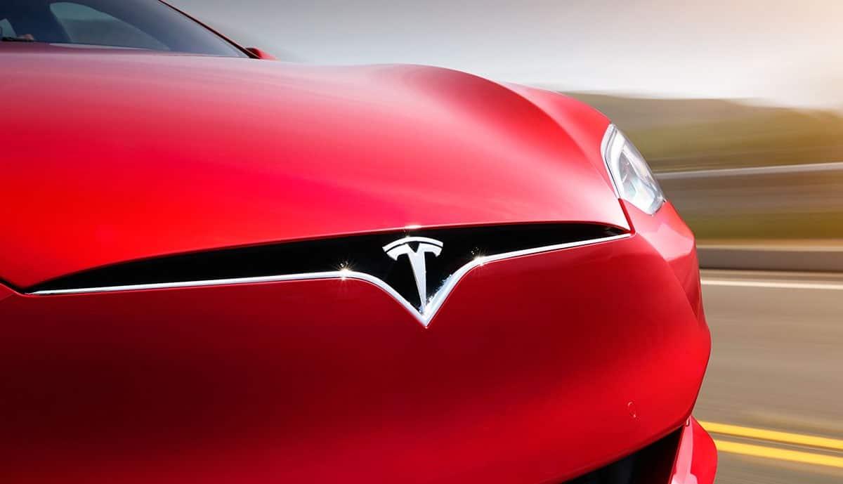 Tesla Farbcode