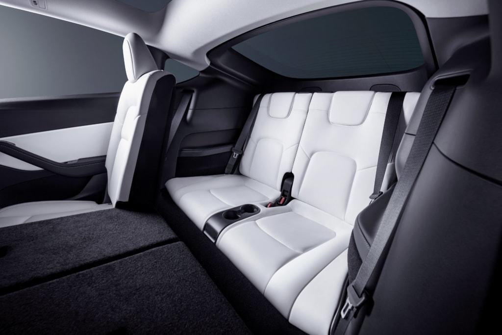 Tesla Model Y dritte Sitzreihe 7 Sitze