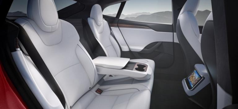 Tesla Model S 2021 Refresh zweite Sitzreihe