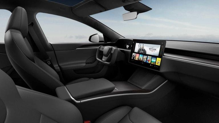 Tesla Model S Refresh eckiges Lenkrad